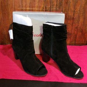 Breckelle's Nib* ladies open toed boots